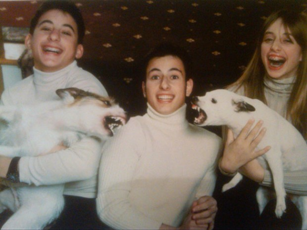 The-21-Most-Awkward-Family-Photos08-620x