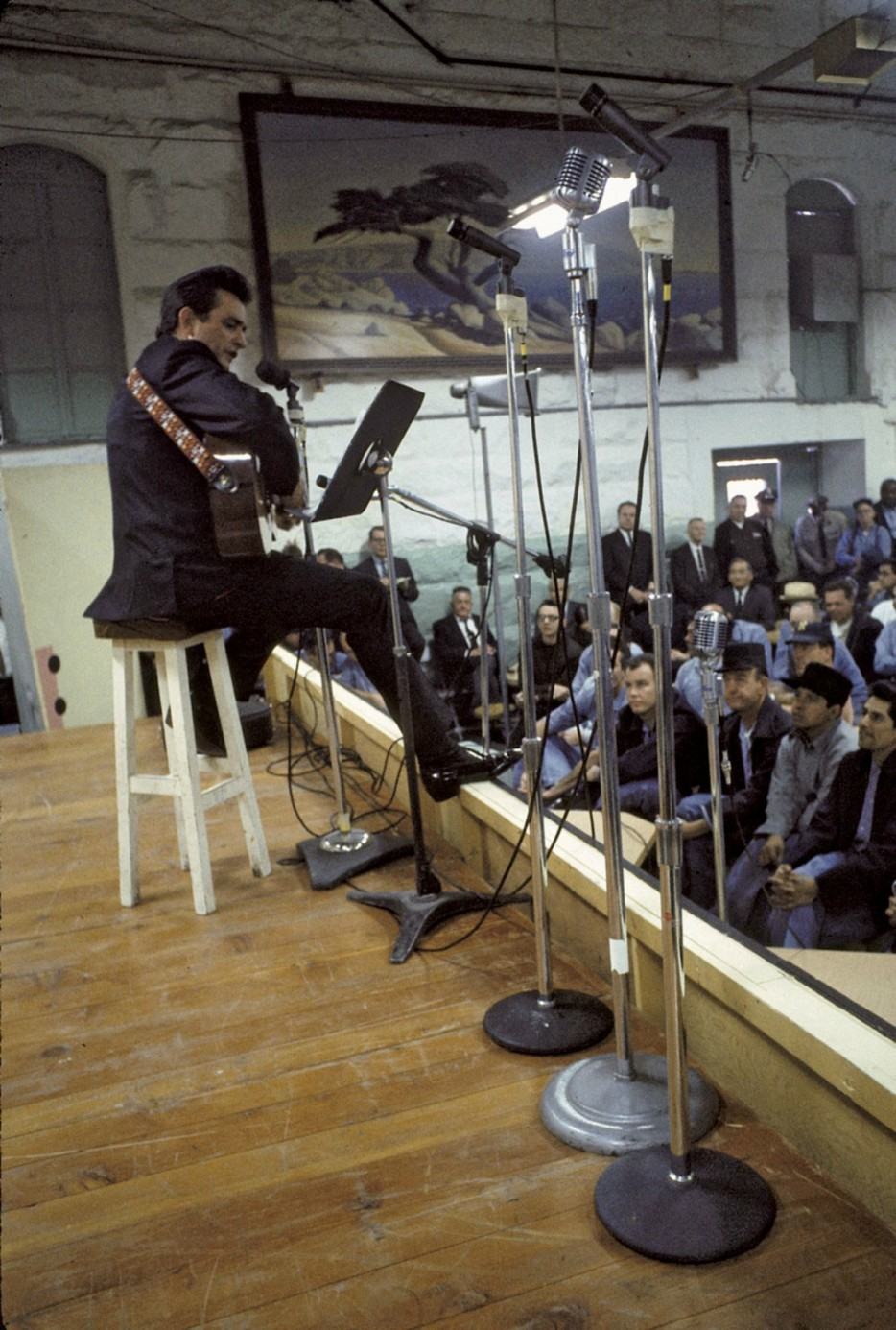 Johnny Cash's famous performance at Folsom Prison